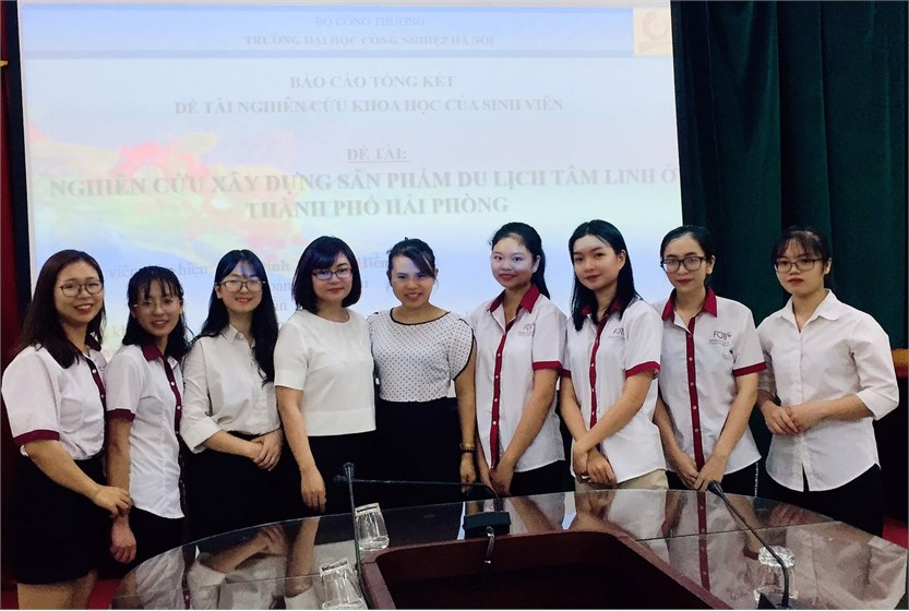 Nghiệm thu đề tài sinh viên nghiên cứu khoa học ngành Du lịch năm học 2019-2020