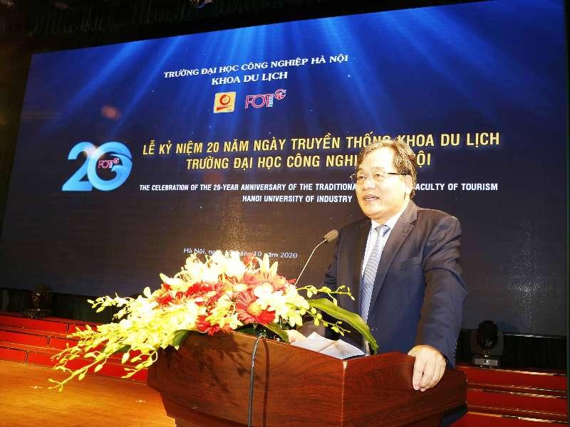 Khoa Du lịch long trọng tổ chức Lễ kỷ niệm 20 năm ngày truyền thống của khoa